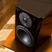 SVS-Prime-polcsugárzó-hangfal-3